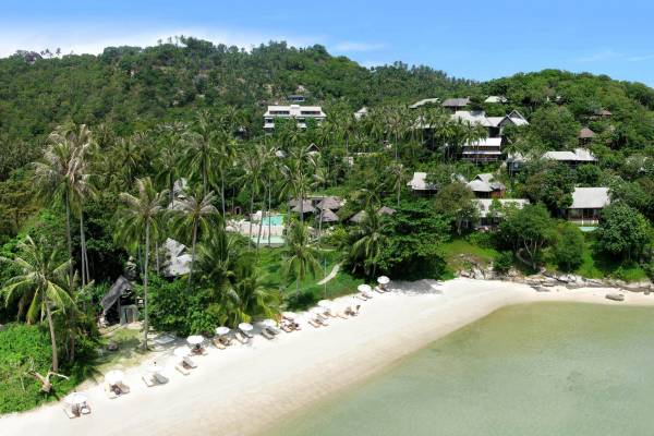 View on the nature surrounded Kamalaya Wellness Sanctuary & Holistic Spa located at the beach of Koh Samui