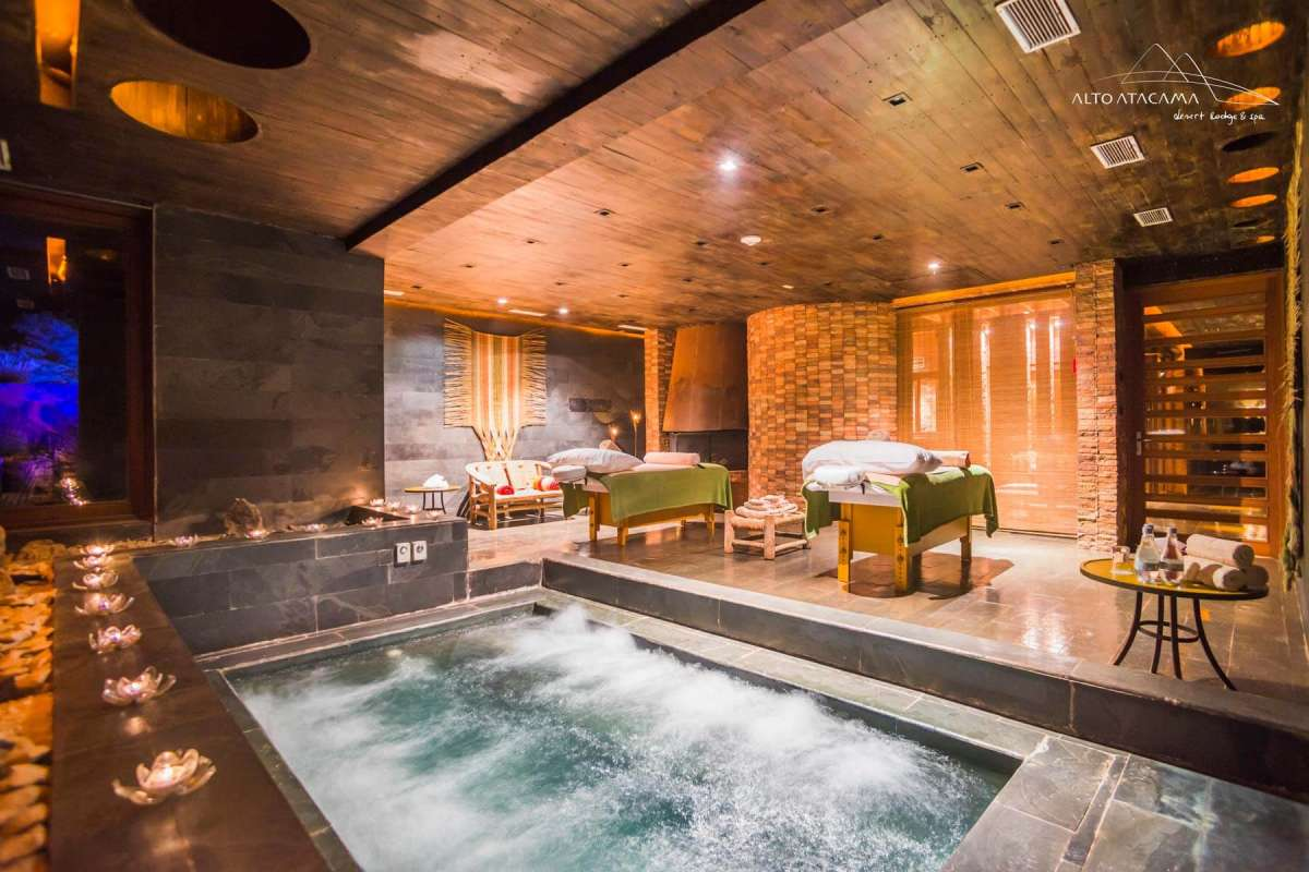 A view to the indoor-pool with active bubble jets in the Puri Spa at Alto Atacama