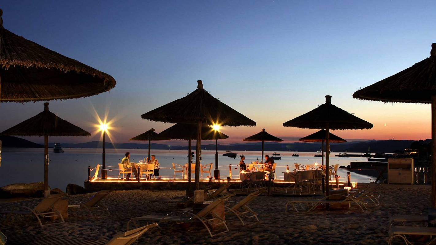 Eagles Palace Chalkidiki Armyra Restaurant Terrace Beach Evening